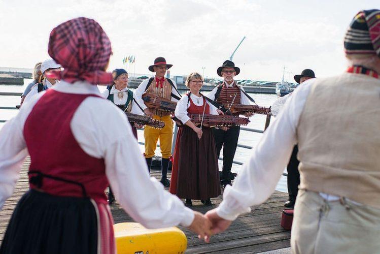 Utländska Casinon håller folkmusiken levande - eller!?